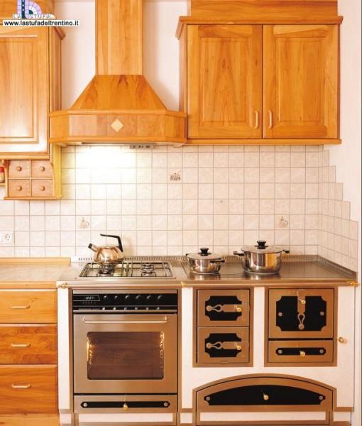 67-Cucina combinata | Stufa del Trentino